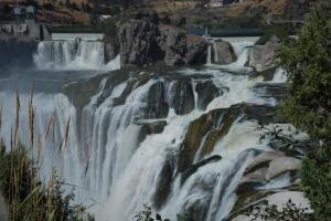 Shoshone-Falls-on-the-Snake-River-10-Twin-Falls-ID-2011-09-02_1936x1296